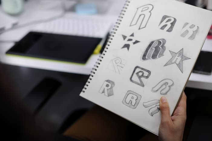 The Psychology of Logo Design: How Fonts, Colors, Shapes and Lines Influence Purchasing Decisions