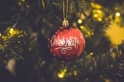 15 Tips To Successfully Market Your Small Business This Holiday Season